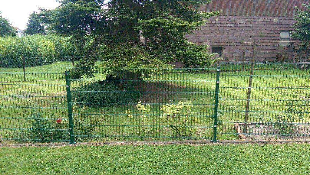 Metallzaun für den Garten