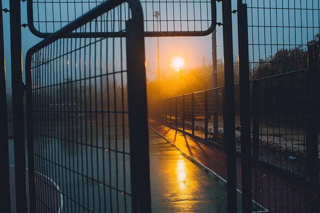 Zaun aus Metall für den Außenbereich